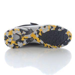 ↑厚みのあるビブラムソール。マーブル模様が迷彩のようで、足の裏までオシャレに!
