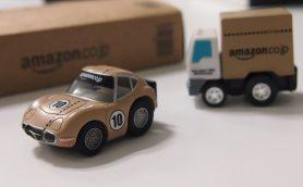 Amazon「おもちゃストア 10周年記念チョロQセット」のクオリティが本気すぎる件