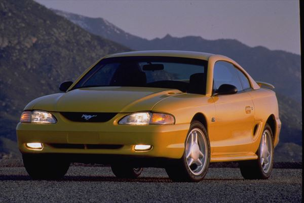 Ford Mustang GT 1994. CN-309001-374