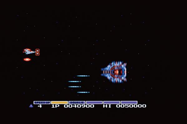 ↑21~5面の締めくくりに登場するボス「ビッグコア」。当時は、一生懸命に弾を撃って倒そうとしていたが、実は逃げ回っているだけでもクリアできてしまう!