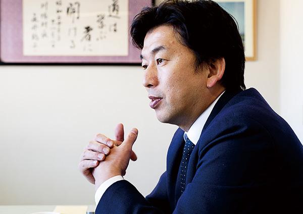↑永井酒造の永井正則さん。500回失敗しても折れなかった彼の情熱が、画期的な1本を生み出しました