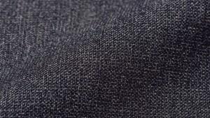 ↑杢目ウール素材に見えるよう織られたポリエステル生地を使用。実用性と見た目の上質感を両立した万能ファブリックです。