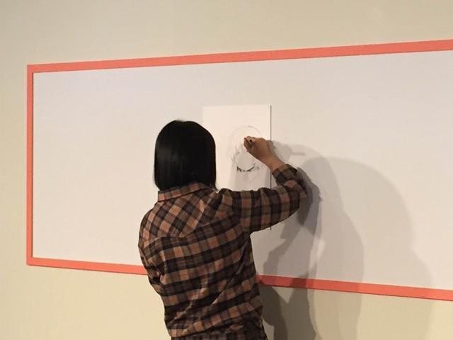 ↑アタリをつけ終わったら2種類のペンを使い分け、キャラクターを描き進める