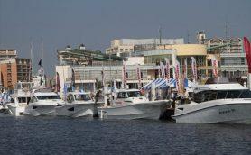 【明日まで開催】「関西フローティングボートショー2015」で最新の船と超レアなクルマを撮ってきました。