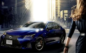 トヨタ、LEXUSから実用性の高い4ドアスポーツセダン「GS F」発売