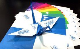 水に濡れても破れない折り紙「オリエステル」で、子どもたちのカリスマになれる!?