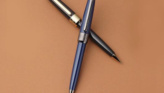 高級ボールペン人気拡大中! 英国王室御用達ブランド「DAKS」から新作モデル登場
