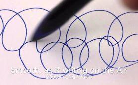 筆圧を自動でコントロールし、使い込むと手に馴染む形になる!? 三菱鉛筆のボールペン「uni-ball AIR」に驚きを隠せない!