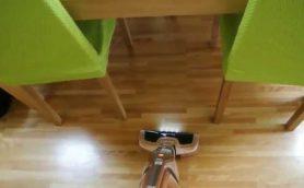 エレクトロラックスの2in1掃除機のヘッドの動きで掃除がやめれないとまらない