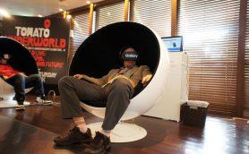 Underworldのライブ映像を360度のド迫力で楽しめる! 渋谷パルコでVR無料体験イベント開催中