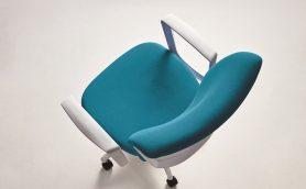 明るく清潔感のあるオフィス演出! 個性的なデザインのビジネスチェア「クレスタ」