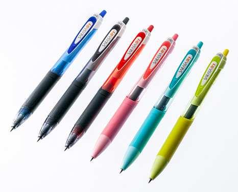 ↑ジェルボールペン「サラサドライ」/162円 インク色:黒、青、赤 ボール径:0.4mm/0.5mm