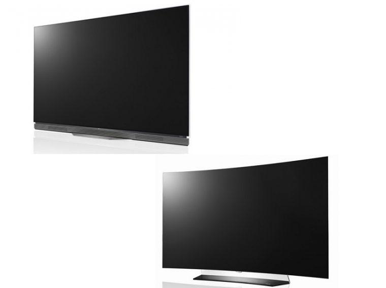 ↑ハイエンドシリーズの「OLED 65E6P」(左)と、曲面型の「OLED 55C6P」(右)