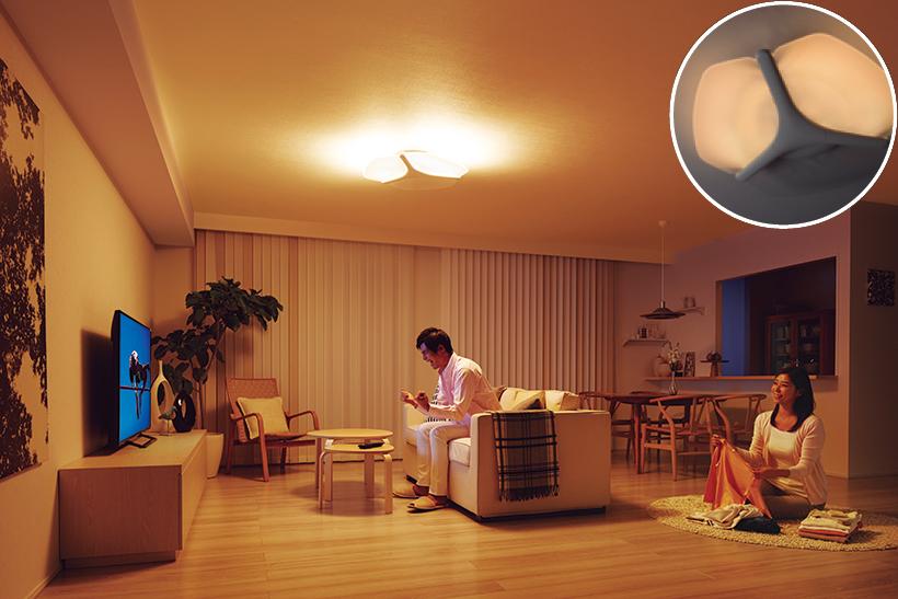 人がいない空間のパネルを消灯。必要な場所のみに明かりを届け、消費電力を抑えられます