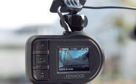 ドライブレコーダーあるあるを回避! 名機「ケンウッドDRV-410」なら車載動画がHDDの肥やしにならない!