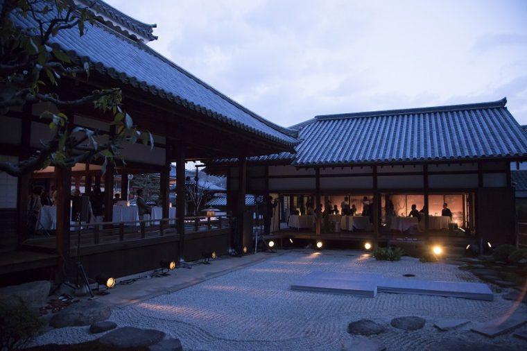 ↑ディナーの舞台となったのは、浄土寺の客殿