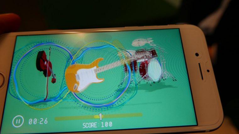 ↑「SONG MODE」では、いい状態で磨けていればと3つの楽器が画面に現れます