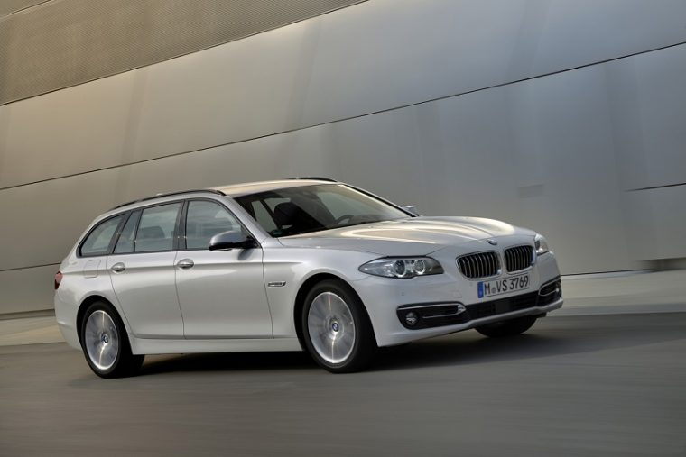BMW 520d Touring, 190 PS , mineralweiァ metallic, Luxury, Leder Dakota Mokka