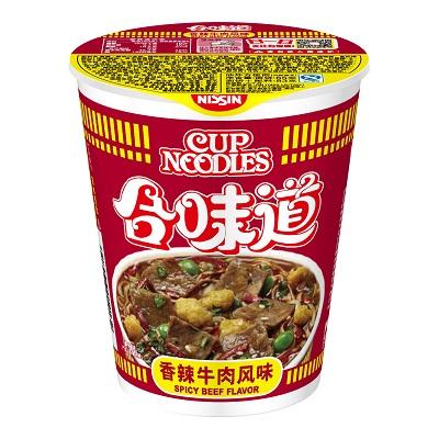 中国_カップヌードル_香辣牛肉風味