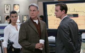 7年連続全米TVドラマ視聴者1位の「NCIS」とは? 衝撃のオープニングを見逃すな!
