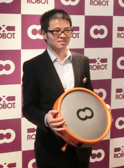↑Xrobotの社長、楊 志文(ヨウ・シブン)氏。「良い商品でなければ、厳しい日本市場には参入しません」と語りました
