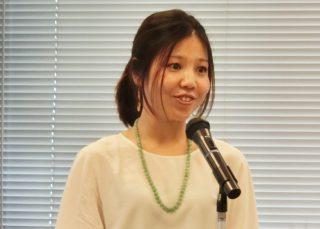 ↑呼吸トレーニングを監修したヨガインストラクターの椎名慶子(しいな よしこ)先生。トレーニングの音声は椎名先生ご本人が担当しています