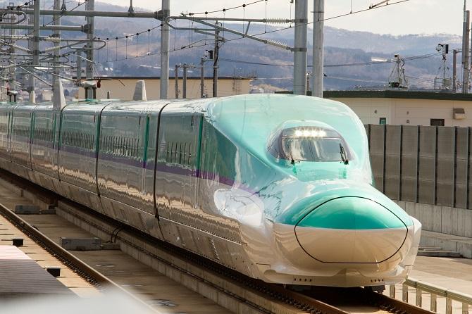 ↑北海道新幹線(写真提供:JR北海道)