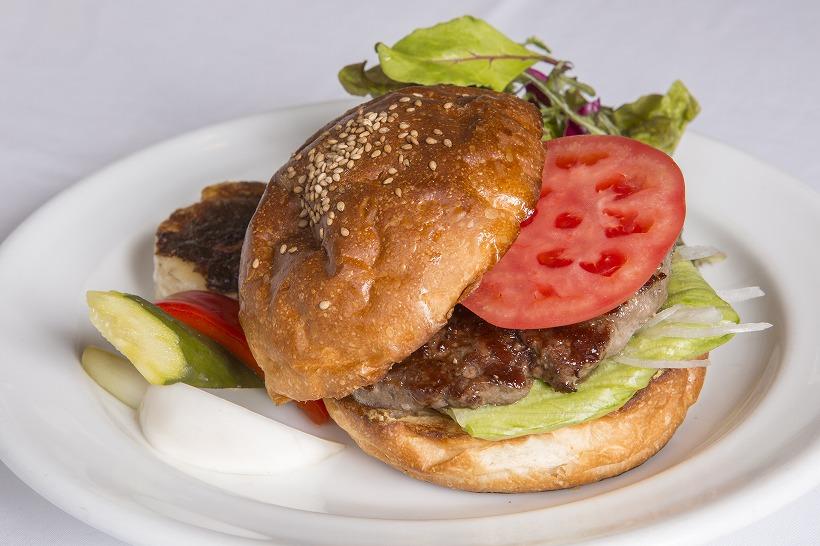 ↑ハンバーガー(980円)