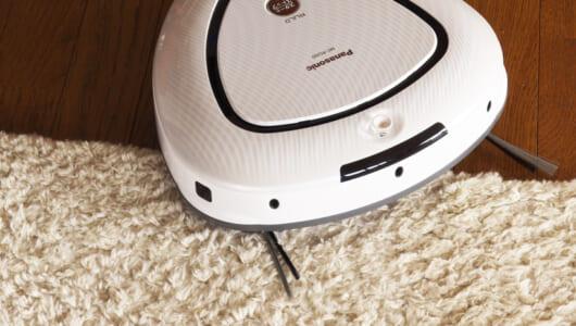 【レビュー】どんな床にも余裕で対応! 世渡り上手なロボット掃除機RULOなら留守中も安心!