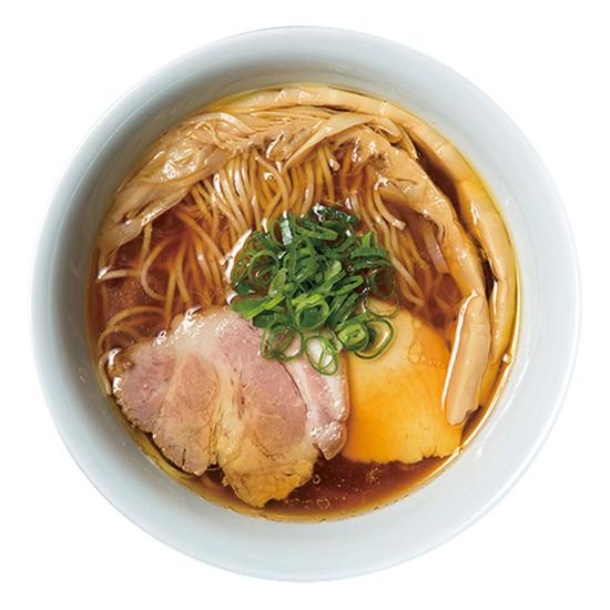 ↑醤油らぁ麺(750円)。ストレートの細麺は、醤油のスープにバッチリと合う三河屋製麺をチョイスしている。シンプルゆえに毎日食べたくなる一杯だ
