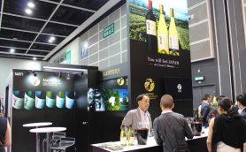 世界最大級の「酒の祭典」に日本酒が初出展! サントリーのワイナリーが地元プレスにウケている