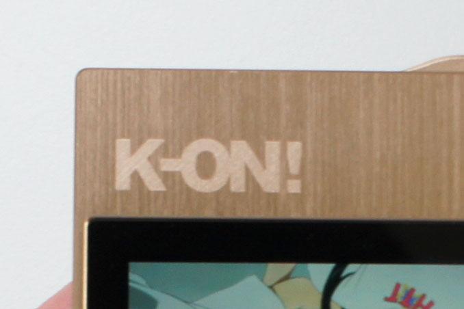 ↑正面上部にはK-ON!の刻印