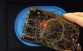 【ピッと光る】基板で路線図を描いたサイバーパンクなデザインのICカードケースが登場!
