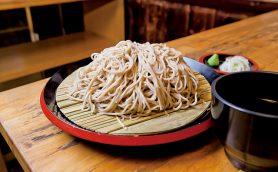 【昼は立ち食いそば】京橋「恵み屋」は天ぷらナシ! そばの味だけで勝負する硬派なお店