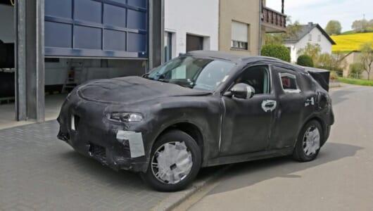 【スクープ】ライバルはBMW X4? アルファロメオの新型SUVはクーペだった!?