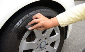 愛車がヨレヨレに見えるのは足元が原因! タイヤに黒ツヤを与えれば新車のように蘇る