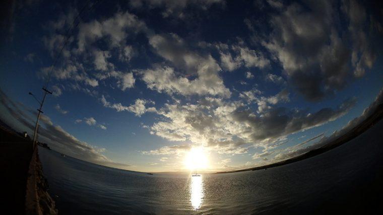 ↑対画線画角204°の超広角レンズで、大自然の風景をバッチリ切り取れる!