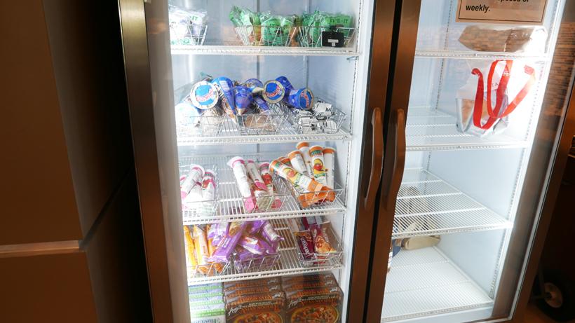↑なんとアイスクリームも無料! 取材した日は快晴で非常に暑かったため、食べている方も結構いらっしゃいました。夏はついつい食べすぎちゃいそうですね……