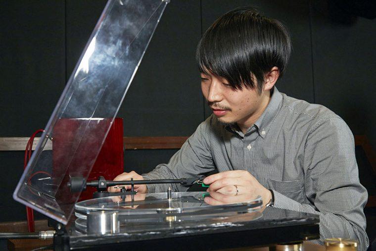 ↑機材をセッティングして頂いたティアックの吉田さん