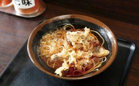 【昼は立ち食いそば】打ち立てのような激ウマ生そばがヤミツキに! 三ノ輪の人気店「峠の蕎麦」