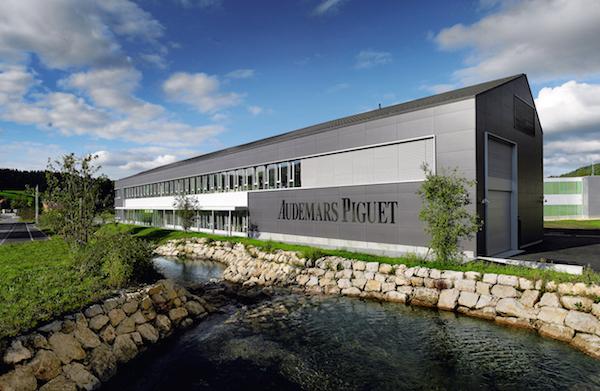 ↑オーデマ ピゲは1875年に創業。当時からスイスのル・ブラッシュを本拠としています。写真は、最新のマニュファクチュール工房