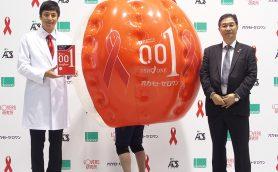 コンドームは売上の10%! オカモト主催のバブルサッカーを通じてSTI検査の啓蒙に参加してきた