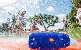 水没OK! アウトドア最強の防水Bluetoothスピーカー2機種がJBLから登場