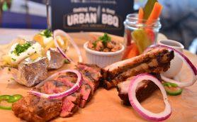 平野レミが「パンみたいにやわらかい肉」と絶賛! 「URBAN BBQ cafe」は外グルメの最新トレンド