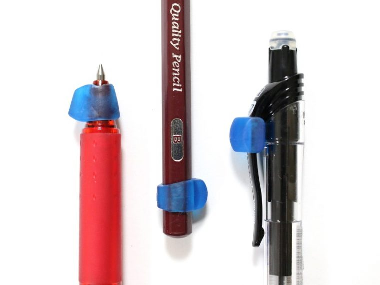 ↑こんな感じで、いつものペンや鉛筆の先端に装着