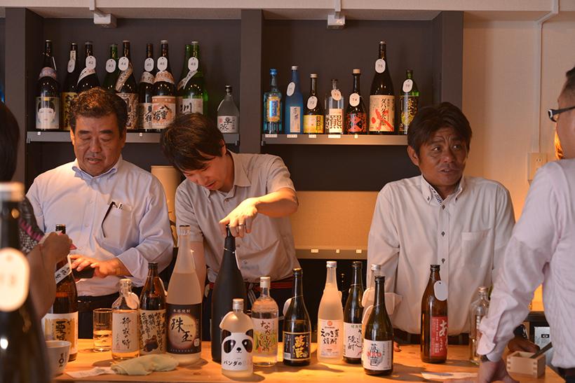 ↑左から「高千穂酒造(宮崎)」、「芙蓉酒造(長野)」、「常楽酒造(熊本)」
