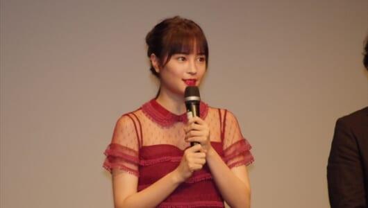 韓国語で挨拶した広瀬に観客も魅了! 「ちはやふる」舞台あいさつin韓国