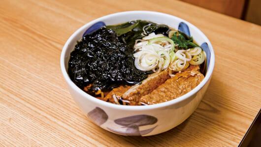 【昼は立ち食いそば】関東では希少な一杯! 磯の香り漂う「じゃこ天そば」が大人気の「めん処ちどり」