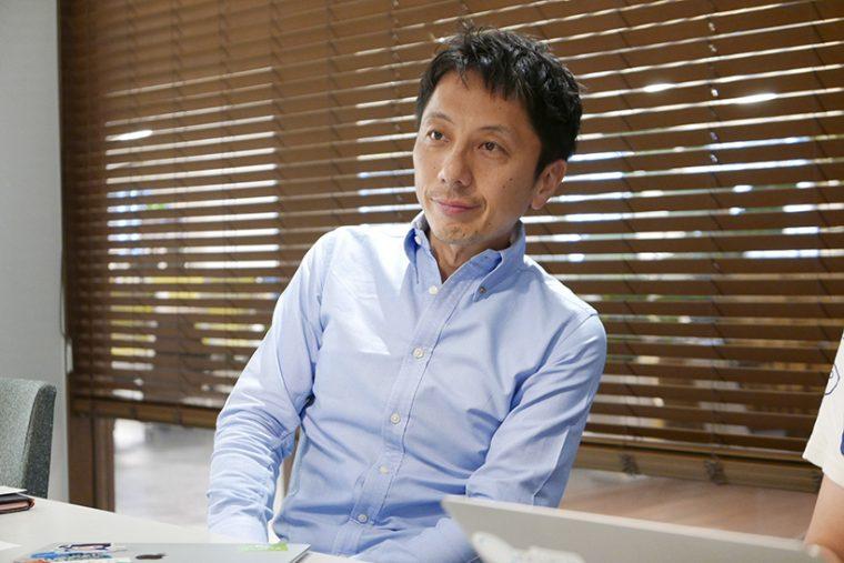 ↑「五反田っていうと、渋いでしょ。ちょっと知ってる人みたいな顔もできるし」といたずらっぽく笑う中村氏