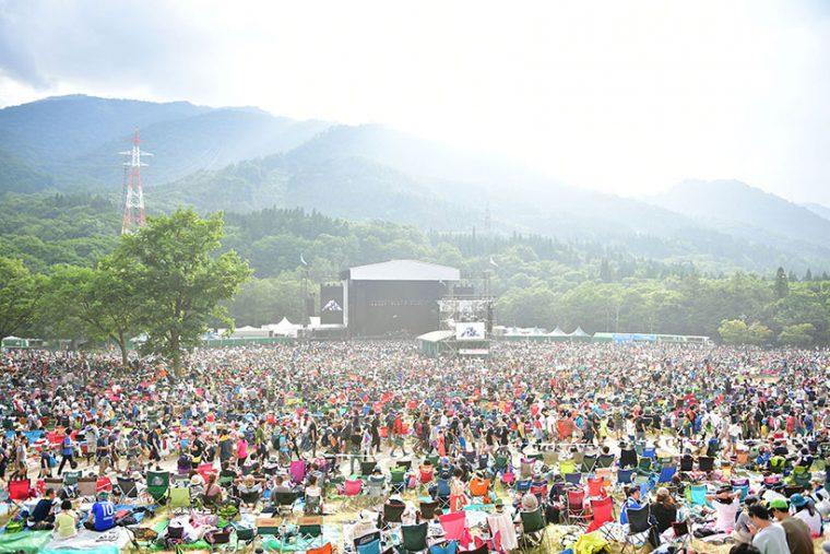 ↑約4万人を収容できる「GREEN STAGE」(写真 ©Masanori Naruse)